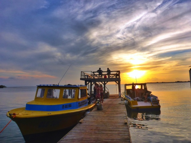 The beautiful sunsets from Utila Dive Centres wharf that we would come to see daily